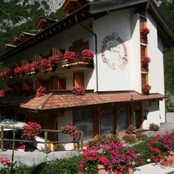 Garni Hotel Lago Nembia