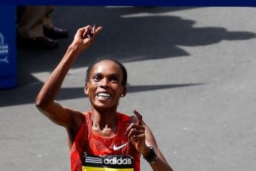 118^ Boston Marathon; Vincono Meb Keflezighi e Rita Jeptoo