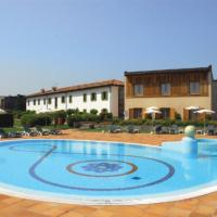 Active Hotel Pool